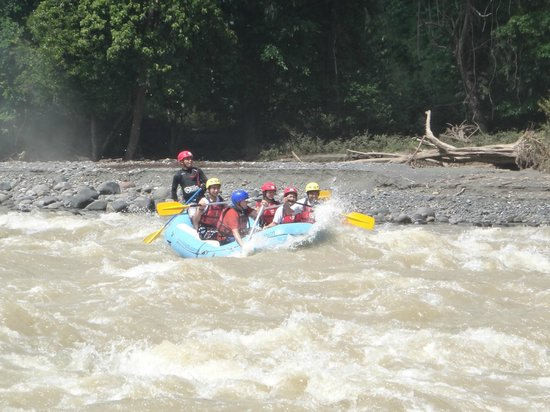 Davao Wildwater Adventure: hard paddle!