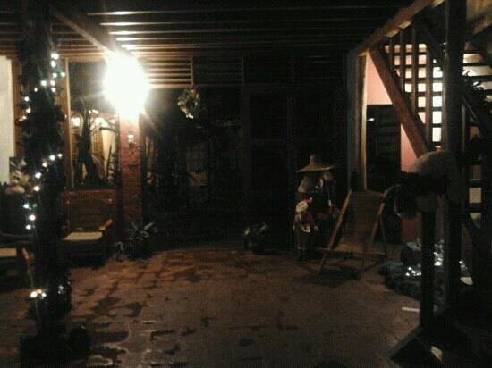 Casa de Palos Boutique: entrada casa de palos
