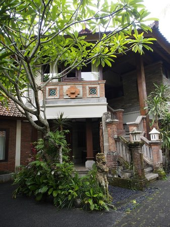 Taman Harum Cottages: Suite exterior