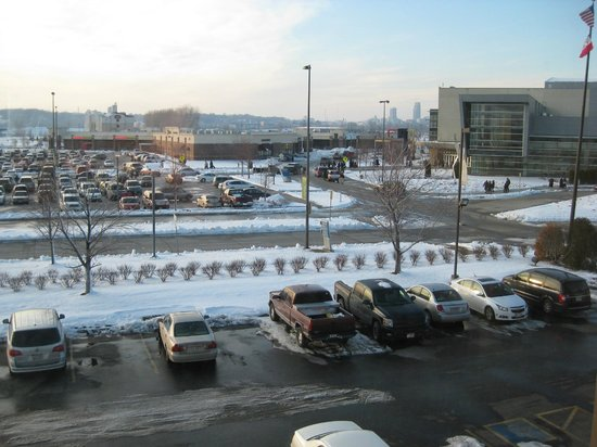 Country Inn & Suites By Carlson, Council Bluffs : View from the room
