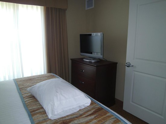 Residence Inn by Marriott Billings: king bedroom
