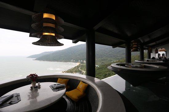 InterContinental Danang Sun Peninsula Resort: Citron Dining area
