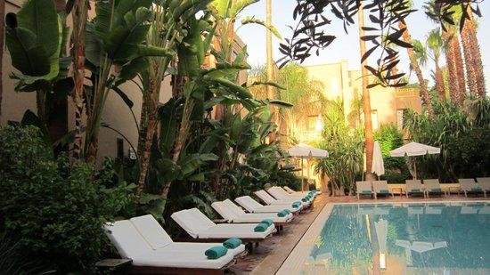 Les Jardins de la Medina: piscine