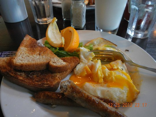 Colleen's at the Cannery: orange yolks!