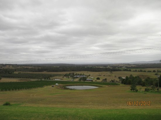 Sovereign Hill Country Lodge: view from roms