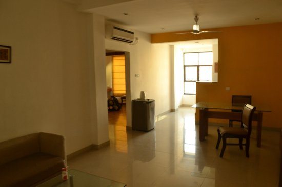 Hotel Aarian Aatithya: 3500 + tax