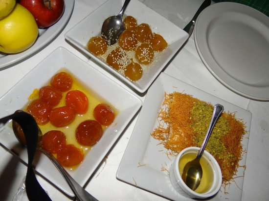 Fakhreldin Restaurant: Sweets