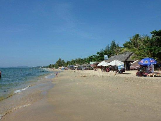 Nhat Lan: Long Beach von Nhat Lam