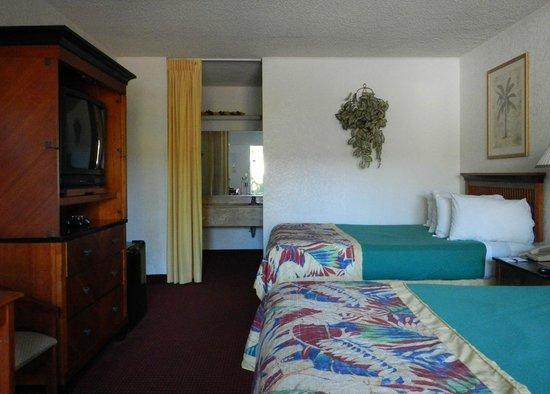 Ramada Fort Lauderdale Airport/Cruise Port: room