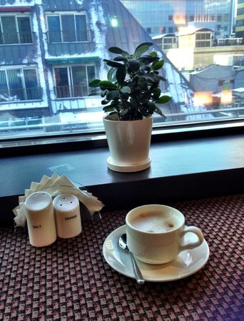 Metro Hotel: Decent coffee at breakfast ;)