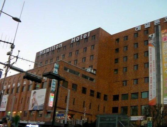 Hamilton Hotel Seoul: ハミルトンホテルの外観