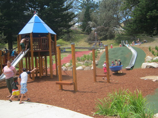 Bronte Beach: The Newly Opened Kids Playground in Bronte Park looks Great!