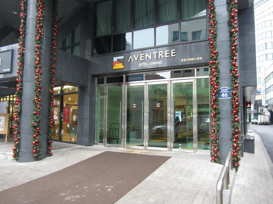 Aventree Hotel Jongno: Hotel entrance