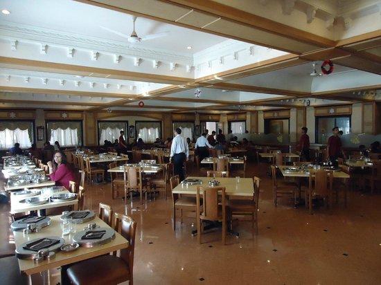 Hotel Dreamland: Huge Dinning area