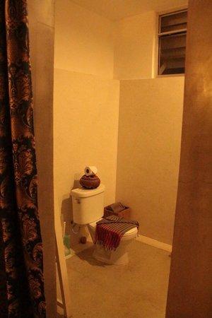 فرانجيباني فيلا - 90 إس: Our Room