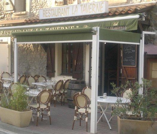 la Taverne : Terrasse