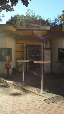 Bar Giardino Patti: l'ingresso