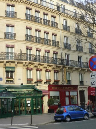 Hotel Abbatial Saint Germain: fronte principale sul Boulevard