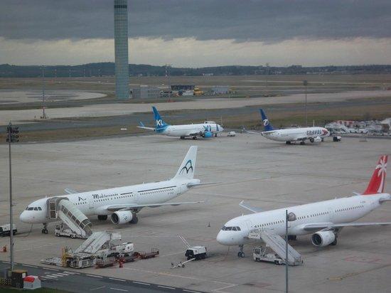 Hilton Paris Charles de Gaulle Airport: vue sur le T3
