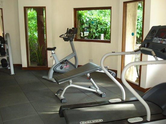 Pinewood Beach Resort & Spa: Gym