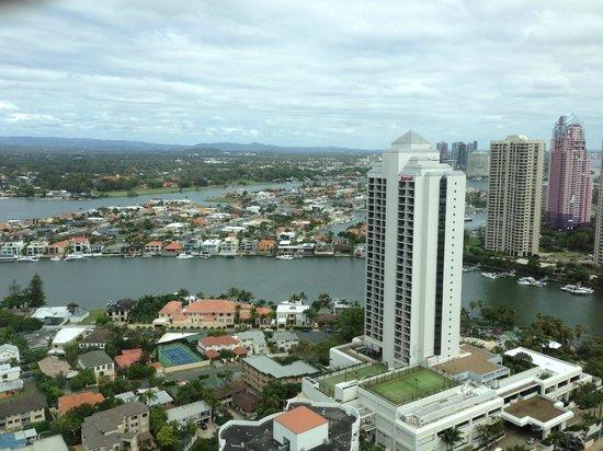 مانترا صن سيتي: Hinterland view from the 33rd floor