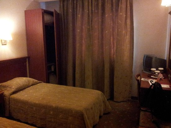 Grand Yavuz Hotel: Room
