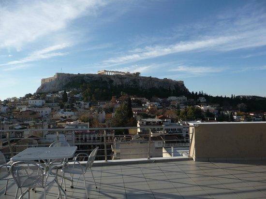 Plaka Hotel: Der Blick von der Hotelterasse!