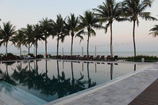 Victoria Hoi An Beach Resort & Spa: Pool