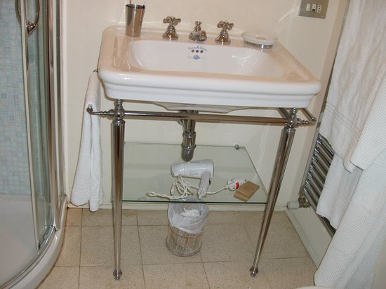 dettaglio lavabo - Bild von Soggiorno Rondinelli, Florenz - TripAdvisor