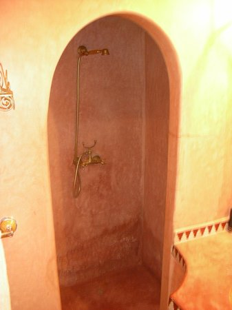 Riad Marana: Bathroom