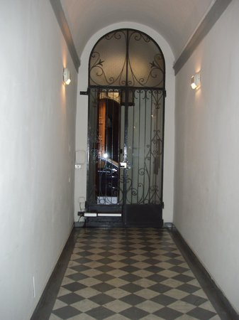 Awesome Soggiorno Rondinelli Contemporary - Idee Arredamento Casa ...