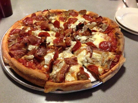 Angie's Pizza House : Pepperoni, sausage and bacon pizza