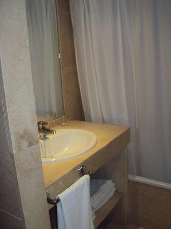Myramar Fuengirola Hotel: Baño