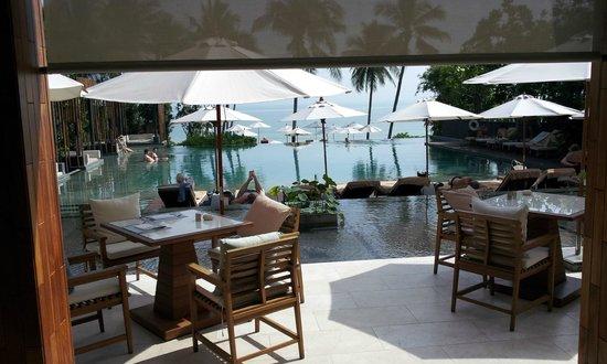 Cape Nidhra: Terrasse des Restaurants