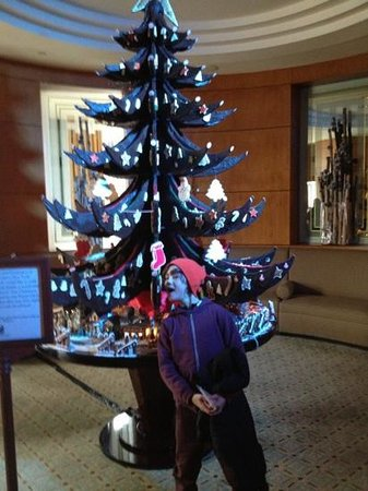 The Ritz-Carlton New York, Battery Park: The Xmas tree made out of chocolate!!!
