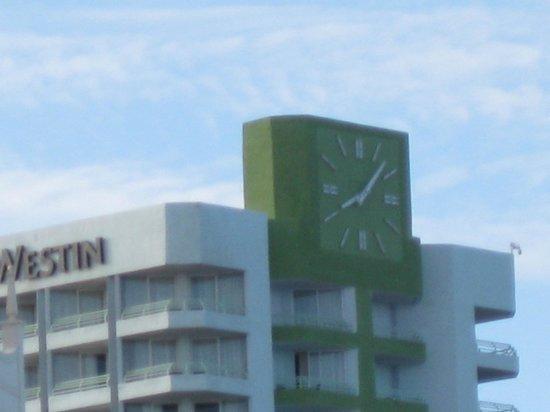 Hilton Aruba Caribbean Resort & Casino: The only clock you need 