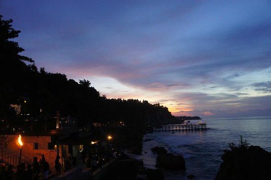 AYANA Resort and Spa: Sunset from Rock Bar