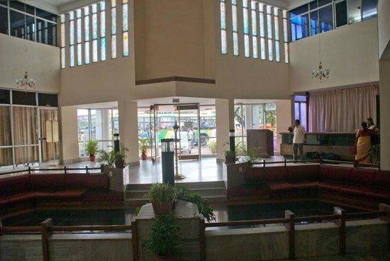 Chaithram Hotel: Lobby