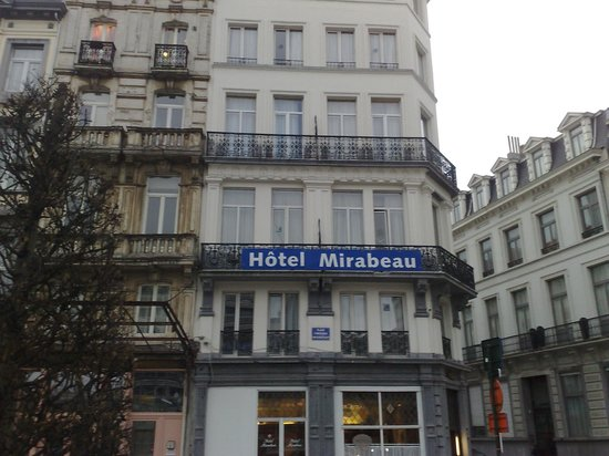Hotel Mirabeau: Hotel,visuale frontale