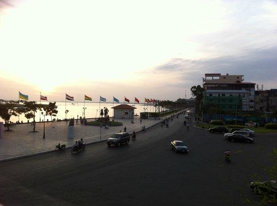 AMANJAYA Pancam Suites Hotel: Sunrise