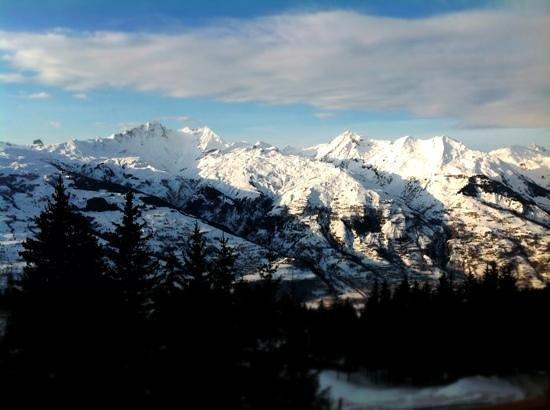 Pierre & Vacances Premium Residence Les Alpages de Chantel: view from the terrace - le Roseland