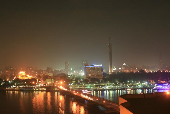InterContinental Cairo Semiramis: Night View from Room