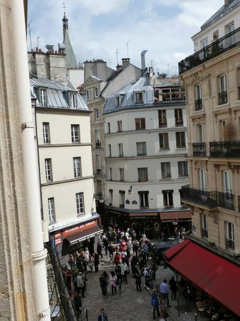Hotel Europe Saint Severin: View from Rm 317