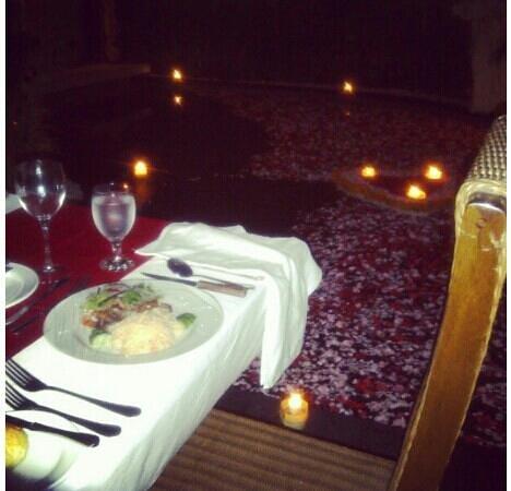 The Bali Dream Suite Villa: june 4th bufday dinner