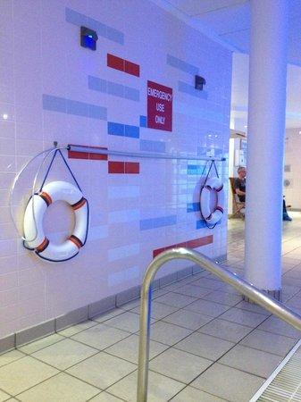 Lockers In Pool Area Picture Of Novotel Milton Keynes Milton Keynes Tripadvisor