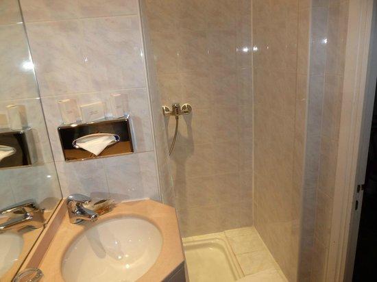 Hotel Colette: salle de bain
