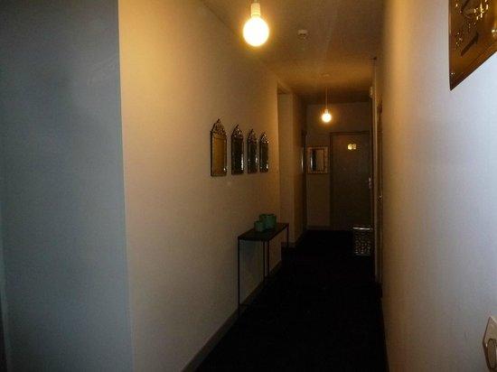 Hotel Colette: couloir