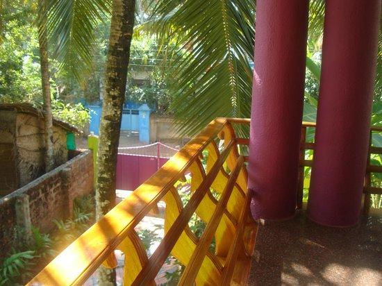 Gumnut Beach House Homestay : Balcony (LHS)
