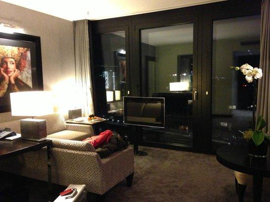 Hyatt Regency Dusseldorf: Regency Suite