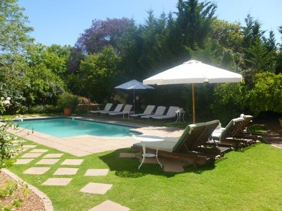 River Manor Boutique Hotel: The pool